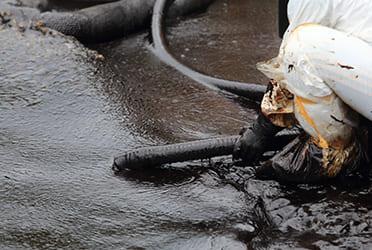 油流出事故処理